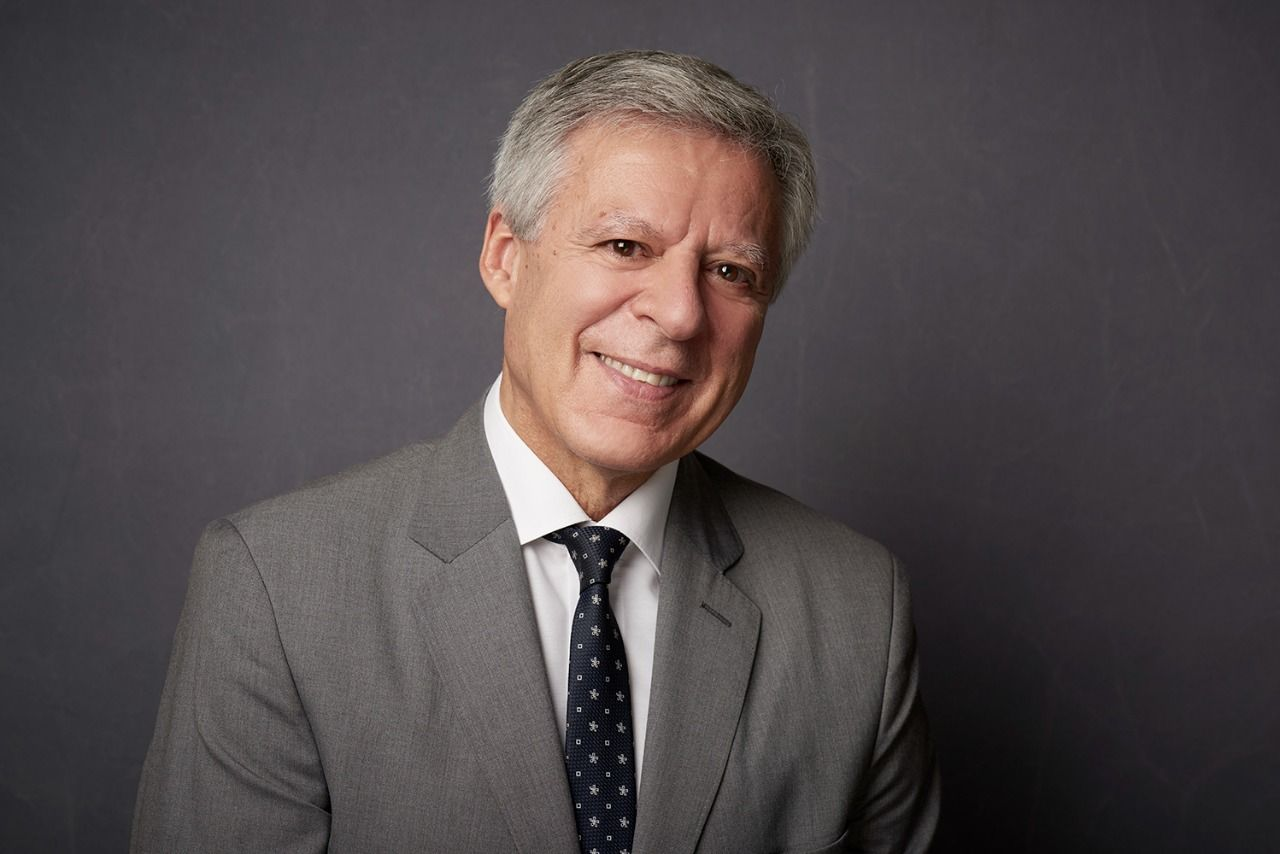 VER Dr. Daniel López Rosetti